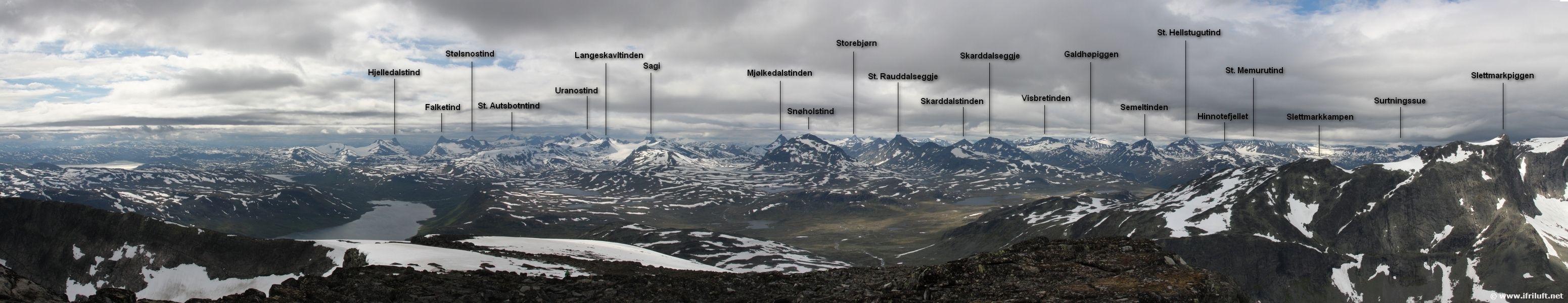 Galdebergtinden_Panorama_vest_navn